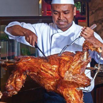 bbq-buffet-roasted-whole-lamb